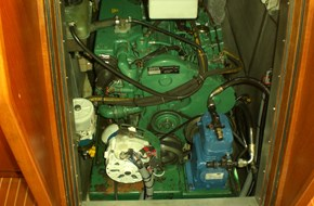 ICEBERG 1000 engine drive compressor